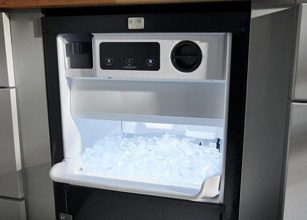 Ice-Machine Repair